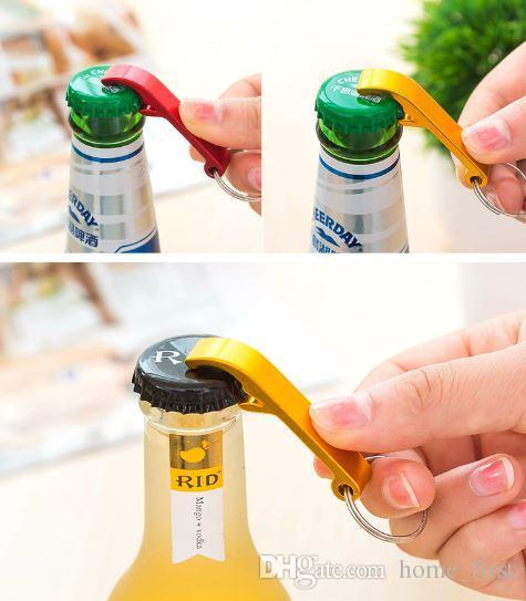 Herramienta de los abrelatas de botella de vino de la cerveza del acero inoxidable de la aleación de aluminio de la resistencia del medio ambiente con el anillo del llavero como regalo