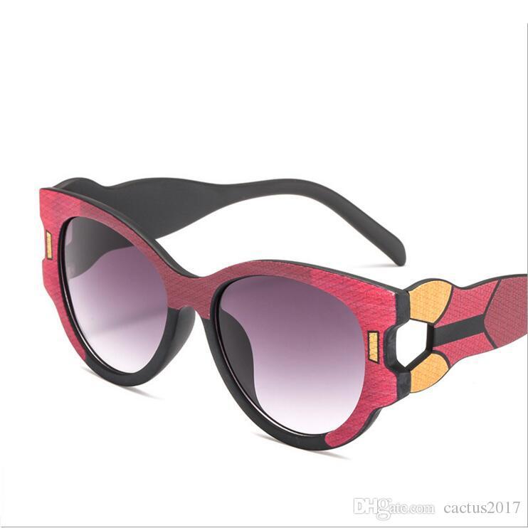 0abb540f7ab68 Compre Cor Bloco Olho De Gato Mulheres Óculos De Sol Quadro Colorido Do Vintage  Retro Óculos De Sol Marca De Luxo 2018 Novo Designer Lunettes Femme De ...