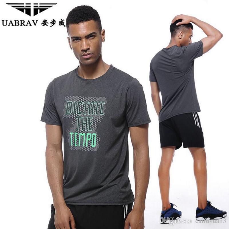 Acheter Uabrav 2018 Nouveaux Hommes Musculation Gymnases De Sport À Séchage  Rapide Trainning T Shirt Remise En Forme D entraînement T Shirts Sportout  ... fe0cd08a90f