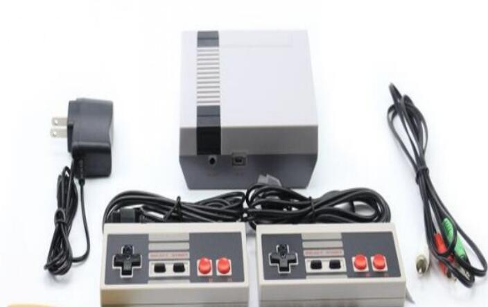 소매 상자가있는 NES 게임용 미니 TV 비디오 게임 콘솔 핸드 헬드