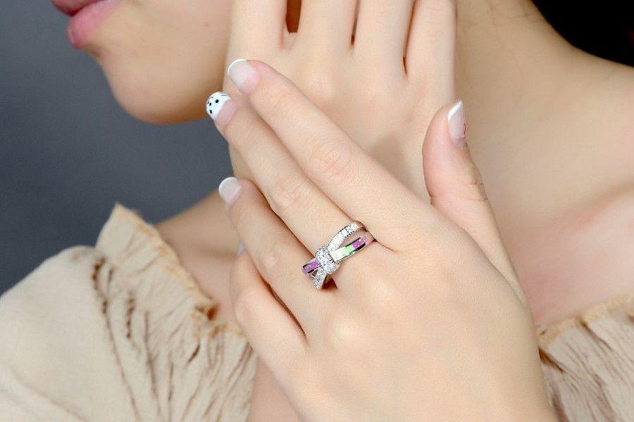 Mode Croix Blanc Rond En Cristal De Coupe Arc-En-Opale Anneaux Blanc Or Rempli Femmes Cocktail Cadeau Bijoux Cadeau