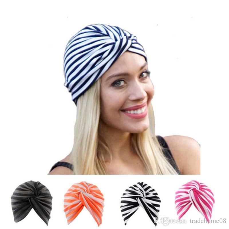 Compre 5 Unids   Lote 2018 Nueva Moda Mujer Algodón Musulmán Sombrero Indio  Pérdida De Pelo Cabeza Bufanda Turbante Sombrero De Cáncer De Rayas Chemo  ... d8c44a4bd358