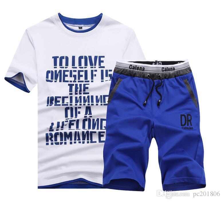 Más el tamaño M-3XL Hombres Chándal de verano Conjunto de manga corta Sport Suit Slim Men Tops + shorts Set 60