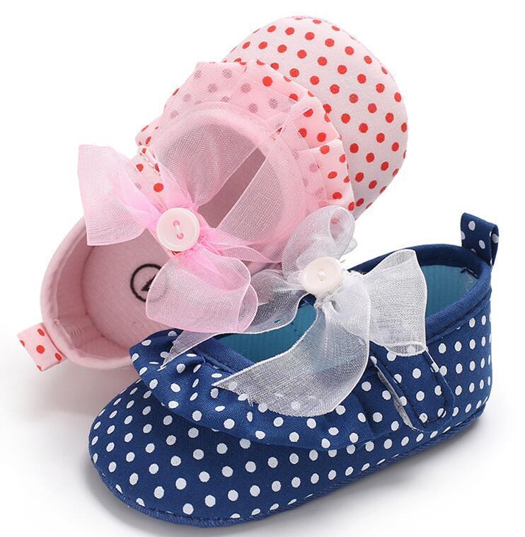 uk availability 183a1 d64c9 Scarpe da bambina di pizzo dolce punto ragazze, 0-18 M blu / fiocco rosa  scarpe da ballo bambino, morbido dolce bambini principessa scarpe  interne.12 ...