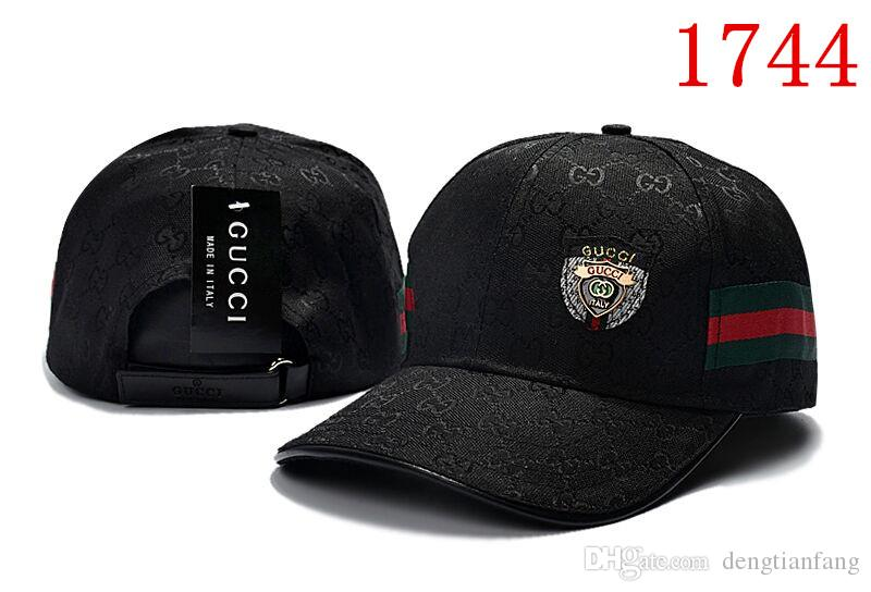 144e433311027 Compre 2018 Nuevo Diseño De Algodón Gorras De Marca De Lujo Bordado  Sombreros Gorra De Béisbol De Invierno Sombrero De Camionero De Hueso Gorras  Planas ...