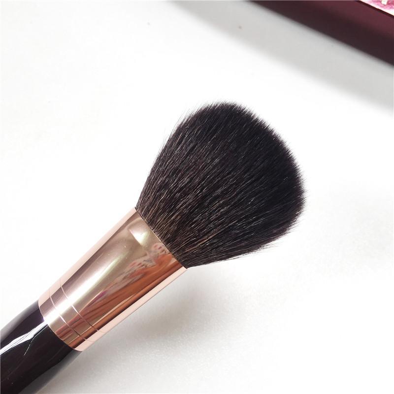 Charlotte_T Bronzer Brush - فرشاة بودرة سنجاب هيرز ماعز للشعر - أداة مزج مكياج الجمال