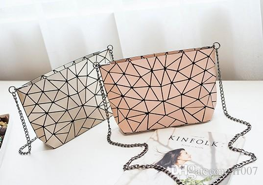 New Women chain Lightnig Geometry Women Shoulder Bags Borsa a tracolla pieghevole normale