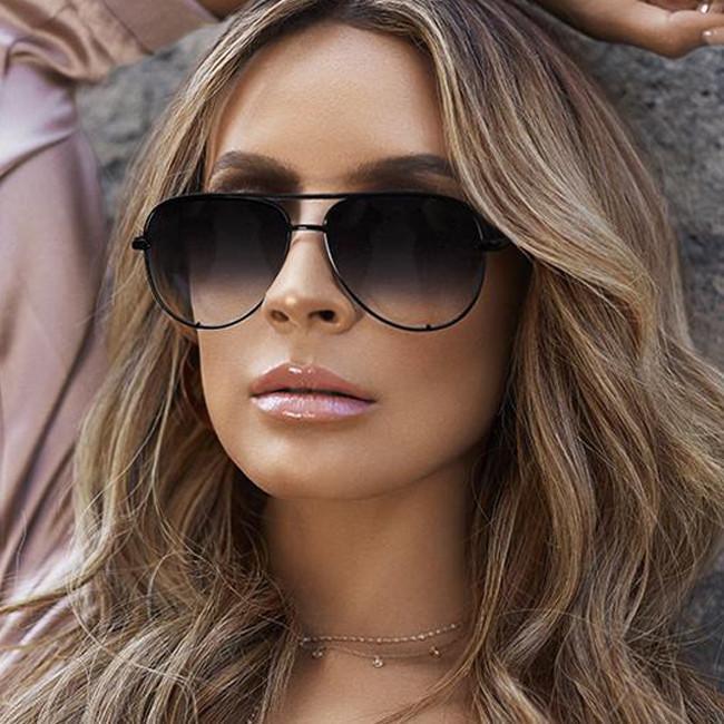 Compre Moda Flat Top Óculos Óculos De Sol Das Mulheres Negras Nova Marca  Designer Oculos Piloto Espelho Máscaras Óculos De Sol Feminino De  Gwyseller, ... 61c16f98c7