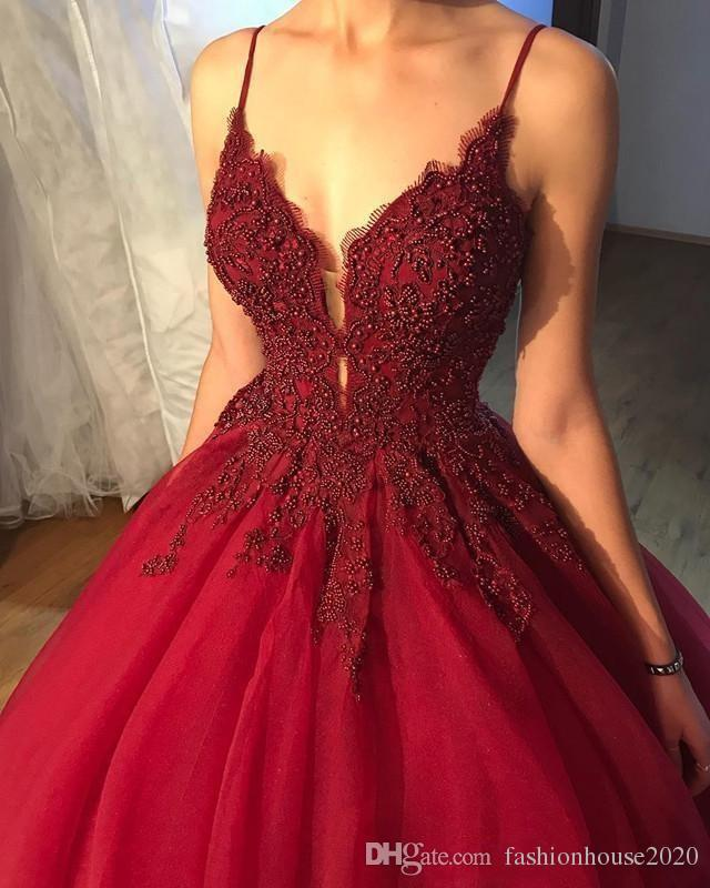 2020 Quinceanera Dresses Dark Red Spaghetti Straps Lace Appliques Beading vestidos Puffy Keyhole Tulle Ball Gown Party Prom Evening Gowns