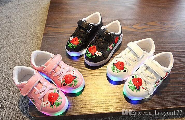 454cedf33 New Style Fashion Flower Girls Shoes Patch LED Lighted Children Casual Shoes  Hot Sales Spring Autumn Glowing Baby Kids Sneakers Cheap Toddler Boy Shoes  ...