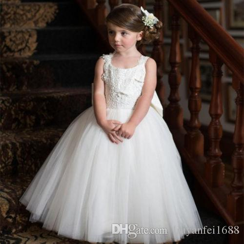 60bc900282b27 Pretty Lace Flowergirl Dresses 2018 White Floor Length Jewel Neck Backless Bowknot  Tulle Girls Wedding Party Communion Pageant Gowns White Toddler Dress Big  ...