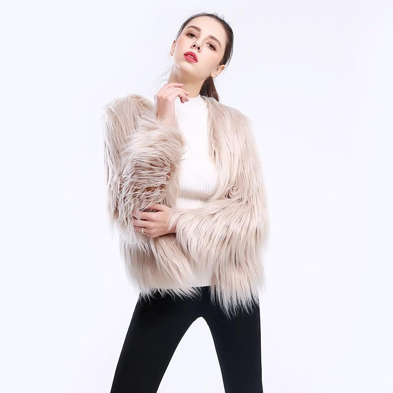 2019 Short Long Sleeved Large Size Washed Wool Lamb Fake Fur Imitation Fur  Women S Coat Floating Hair From Xiuyi02 5a6e8e14be