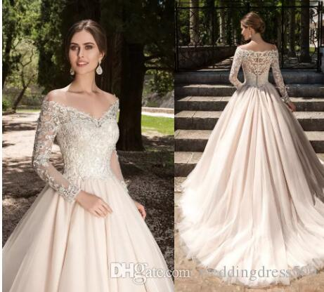 2017 New Vestios De Novia A-line Wedding Dresses V-neck Lace Appliques Long Sleeves Garden Elegant Button Bridal Gowns with See Through Back