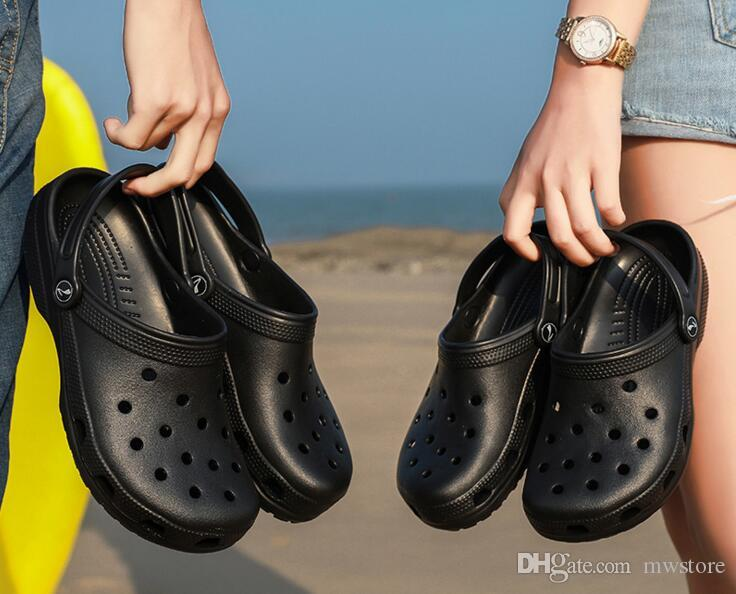 d6bd8f916f45 Couple Hole Clogs Men Women Beach Slippers New 2018 Summer Eva Sandals Beach  Shoes Mules Flip Flops Garden Fashion Breathable Hot Sale Shoes For Sale  Womens ...