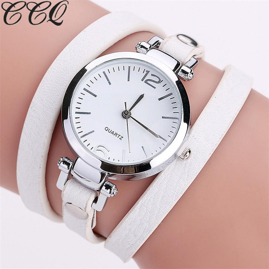 b5ea056eaad Compre Nova Moda De Luxo Pulseira De Couro Relógio De Quartzo Das Senhoras  Do Relógio Casual Mulheres Relógios De Pulso Relogio Feminino Venda Quente  De ...