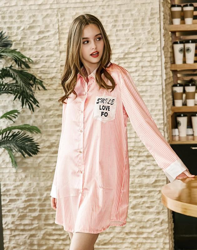 c10bd65ff Compre Fiação De Seda Senhora Sexy Camisola De Verão Pijama De Seda Sexy  Mulheres Verão Casa Service213 De Xiuyi02