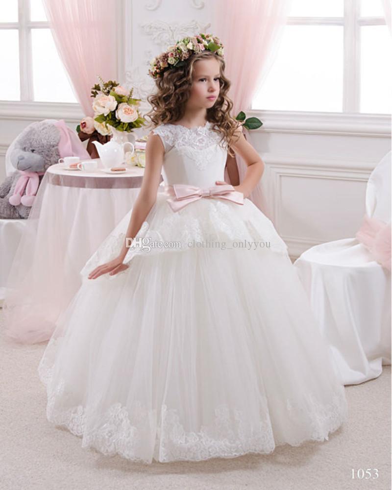Großhandel Weiße Applique Blumenmädchenkleider Für Hochzeit Sehen ...