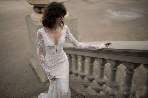 Chaming Sexy Backless Mermaid Lace Wedding Dresses Deep V neck Long Sleeves Liz Martinez Beach Bridal Gown 2018