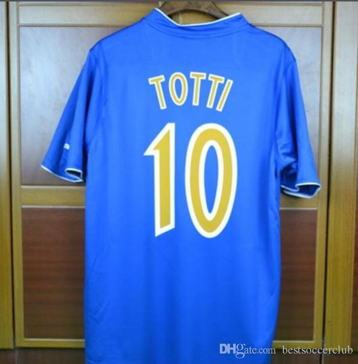b5ba492da6 Camiseta De Futbol Retro De La Eurocopa 2003 Italia Casa Azul Camisetas  Blancas De Visitante Del Piero Pirlo Totti Inzaghi Camiseta De Fútbol Por  ...