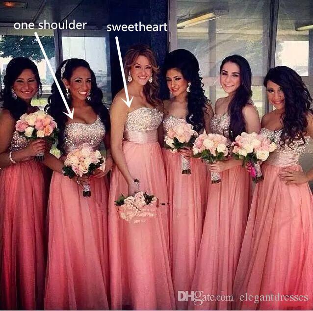 2021 Schatz-einer Schulter-Sparkly Coral Lange wulstige drapierte Chiffon Bridesmaids Hochzeit Kleid Pfirsich Vestidos Ehren Maid