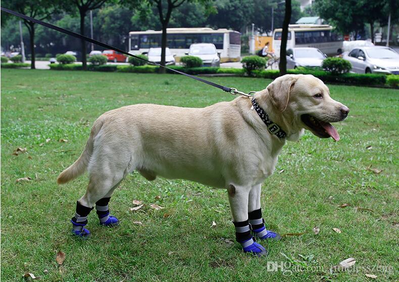 Chaussures de chien chaud extérieur pour bottes de neige portables sport de promenade avec animaux de compagnie de bande réfléchissante imperméable semelles antidérapantes vêtements pour chiens