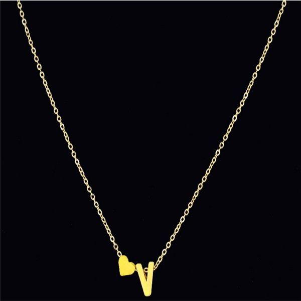 Moda Tiny Delicado Corazón Collar Inicial Collar de Letra Personalizada Nombre de La Joyería para las mujeres accesorios regalo de la novia
