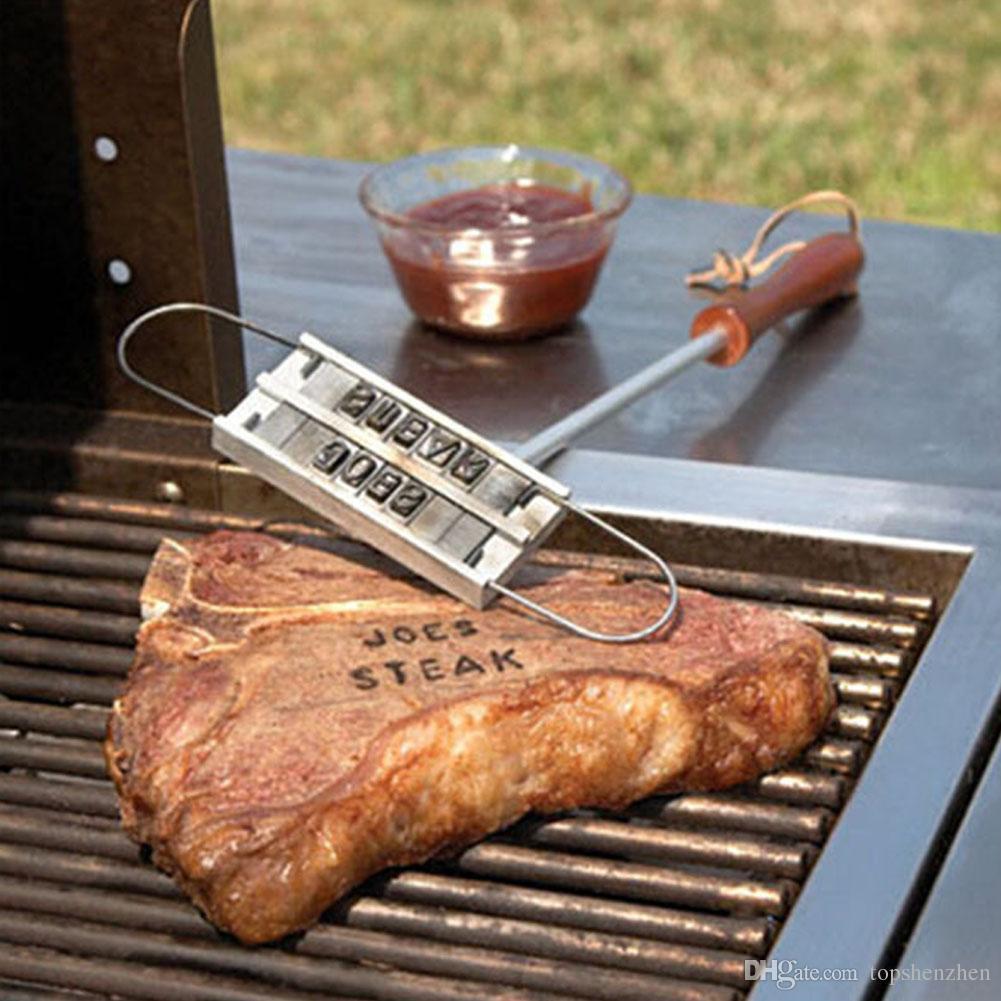 Barbacoa Barbacoa Herramientas de hierro de marca con 55 letras intercambiables Marca de fuego Alfabeto Aluminio Cocina al aire libre para asar carne de bistec