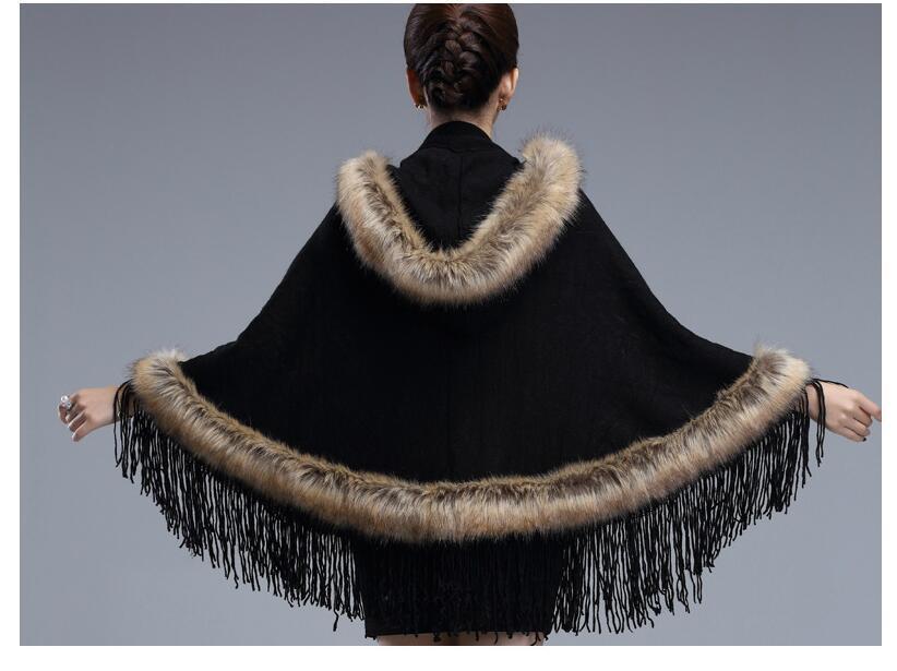# 2921 2018 Châles en fourrure de renard fantômes Ponchos et capes Casaco feminino Fashion Tassel Style britannique Foulards et étoles de luxe pour femmes