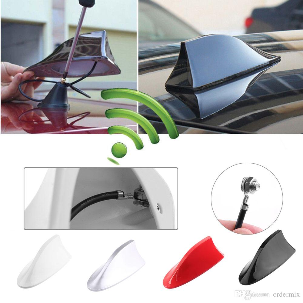 1 Unids Universal Auto Car Shark Fin Techo del coche antena tiburón FM / AM Decorar Antena Para Polo Ford AM / FM Amplificador de Señal