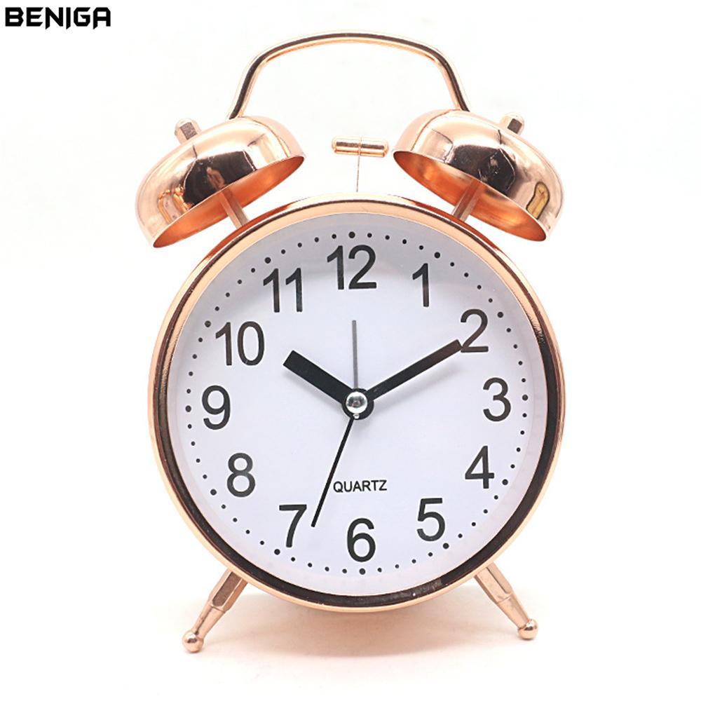 5041c047224 Compre 4 Polegada Rose Gold Alarme Relógio De Mesa Com Luz Noturna Operado  Por Bateria Estudante Desktop Home Office Agulha Mudo Silenciosamente  Relógio De ...