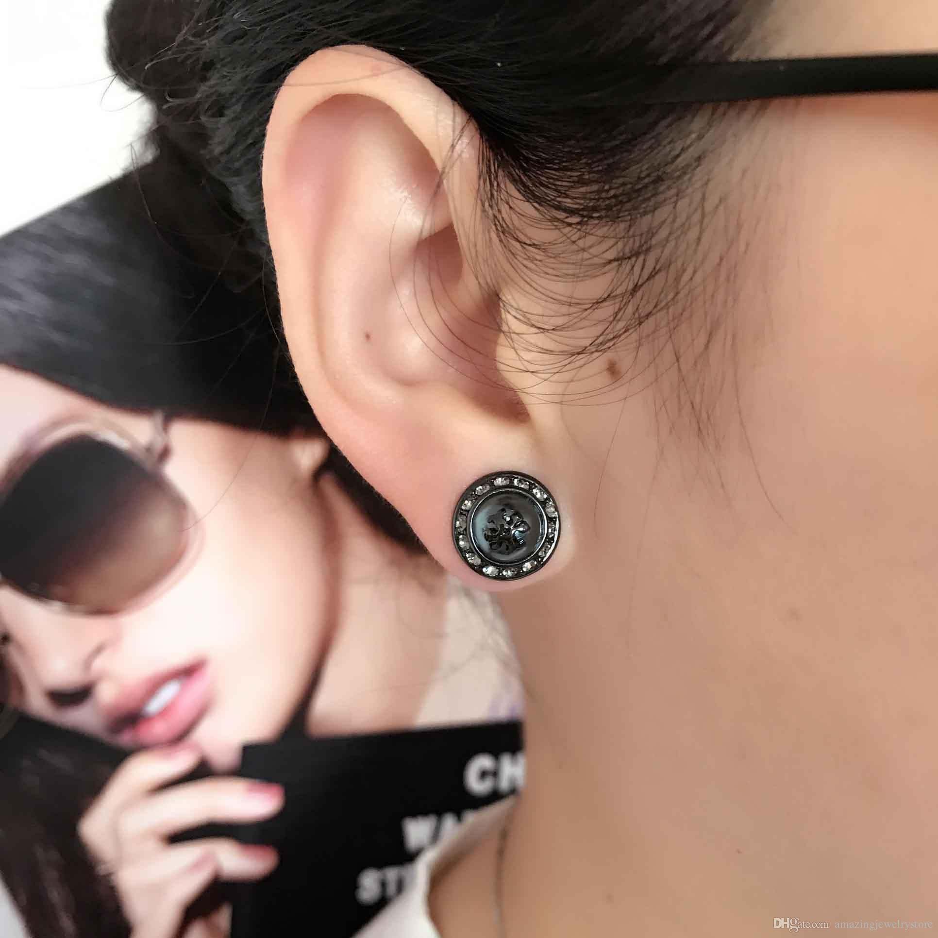 2018 Top quality Elegant natalie stud earring with 0.8cm grey pearl ball and diamond women earring brand name jewelry gift PS