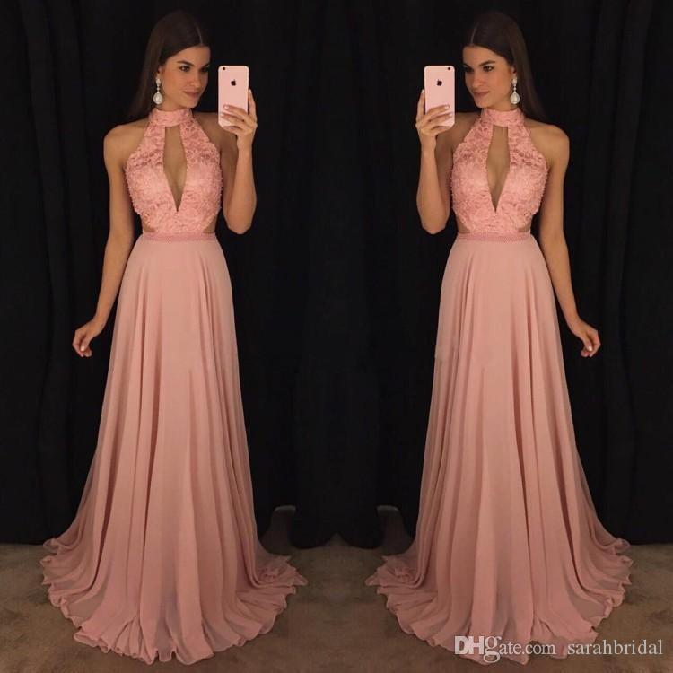 2019 Rosa con cuello en V profundo Cuello alto Una línea de encaje de gasa Con cuentas Láminas Corte largo rubor vestido de fiesta de dama de honor