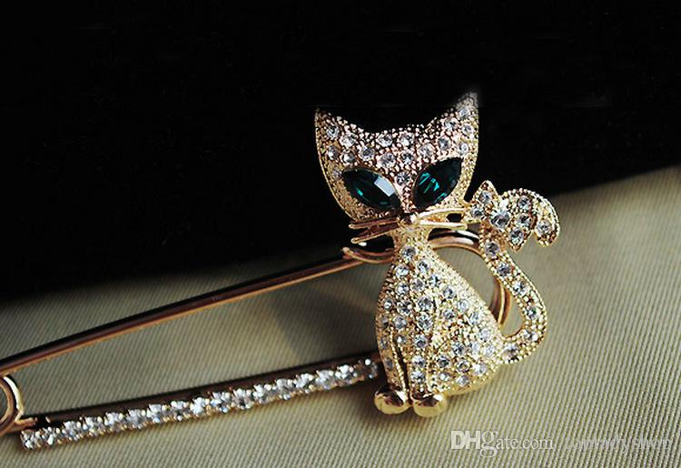 Lindo de ojos verdes gatito broche de cristal de la vendimia de la ropa animal al por mayor envío gratuito