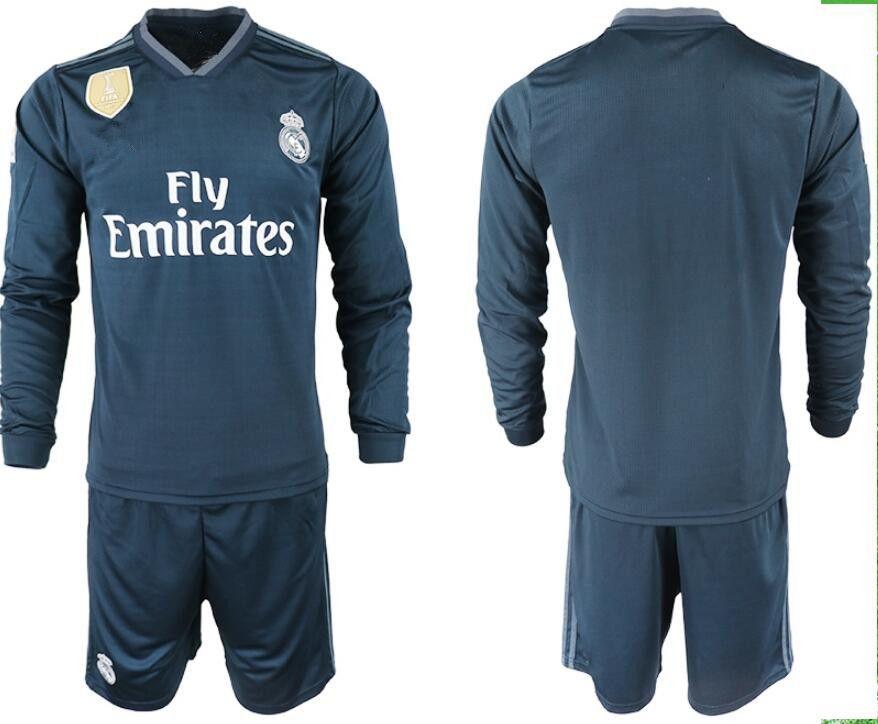 Compre 1819 Real Madrid Camiseta Manga Larga CompletaSoccer Jersey 18 19 Real  Madrid Camiseta De Fútbol   11 BALE   22 Conjunto De Uniformes De Fútbol  ISCO ... e31f345663e49