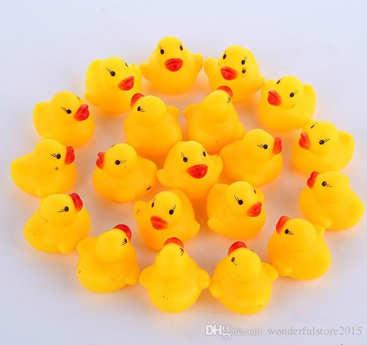 2018 Baby Bath Toy Sound Rattle Children Infant Mini Rubber Duck Swimming Bathe Gifts Race Squeaky Duck Swimming Pool Fun Playing free ship