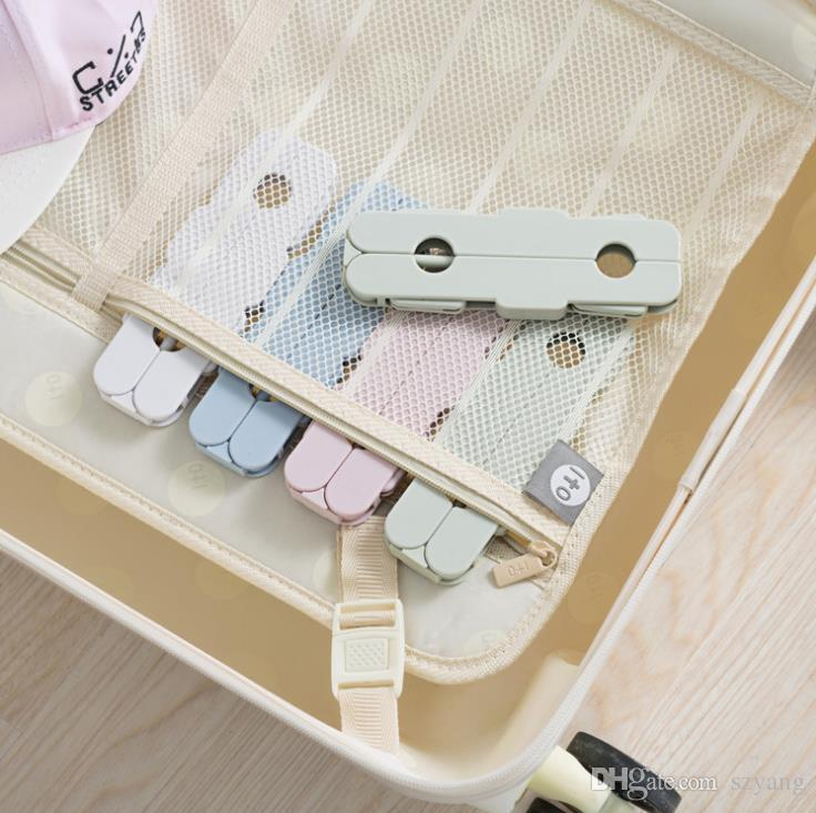 Portable folding clothes hanger Multi-function travel Clothes hanger Save space Portable Non-slip Laundry must are optional.