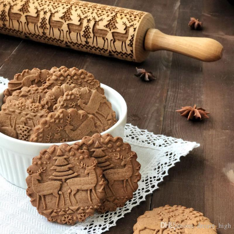 Christmas Wooden Rolling Pins Engraved Embossing Rolling Pin With Christmas Symbols Snowflake For Baking Embossed Cookies 35cm