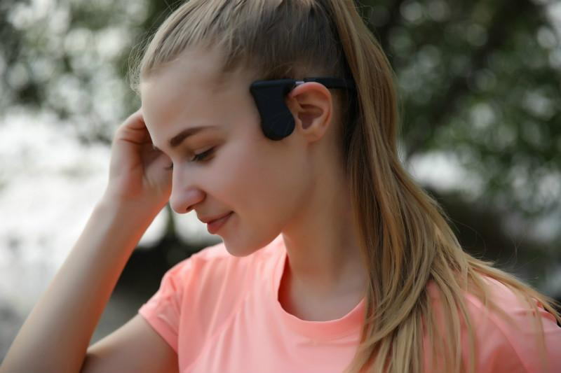 Bone Conduction Headphones Bluetooth with Built-in Microphone for Answering Phone Calls and Noise Cancellation New Technology Hot Selling