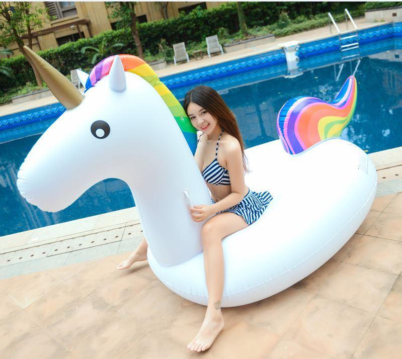 Playa de verano Inflable Unicornio Flotante Fila Engrosamiento Ambiental Piscina de PVC Juguetes Swan Flamingo Anillo de Natación 270cm Adultos