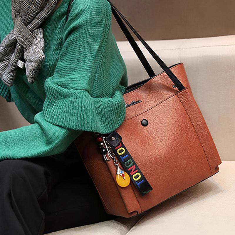 824ec1842255 2018 Top Luxury Brand Large Pocket Casual Tote Women S Handbag Shoulder  Handbags Fashion Vintage Retro Capacity Bags For Women Luxury Handbags  Leather ...