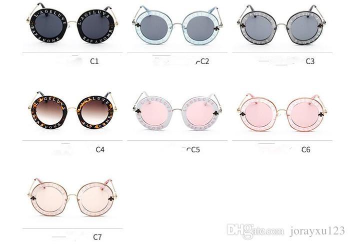 Cas Lentille J035 Mode Style Femmes Forme Cadre Pcs Nouveau De Été Lunettes 20 Rond Soleil Avec Marque Cristal POikXZuT