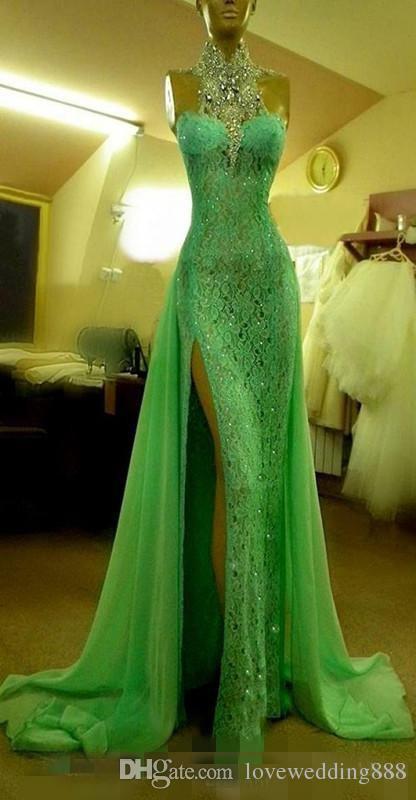 Sparkly High Collar Crystal Diamond Evening Dresses Emerald Green Full Lace Side Slit Dubai Arabic Formal Gowns Long Custom Prom Dress 2018