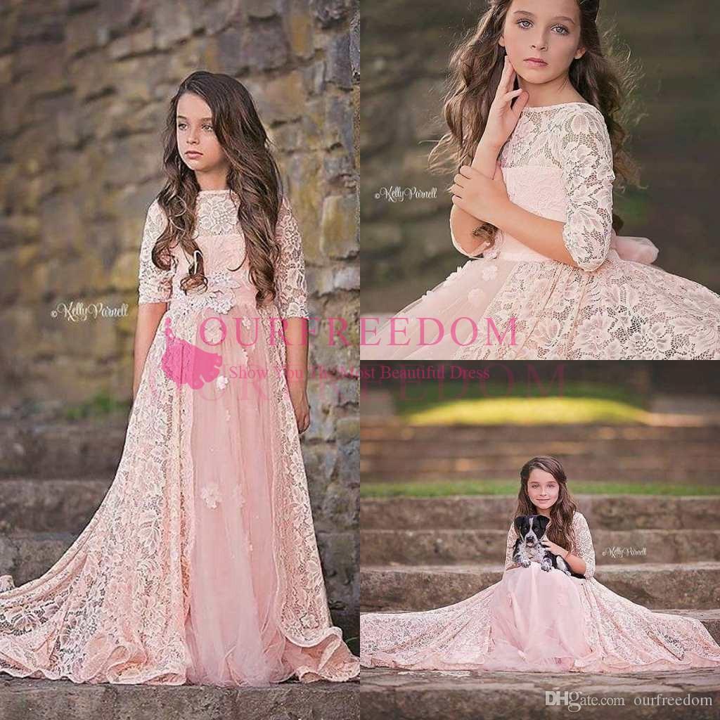 2019 Lovely Lace Pink A Line Vestidos para niñas de flores Cuello redondo Vestidos de primera comunión con manga 3D Vestidos de concurso para niñas de Flora 3D Personalizados
