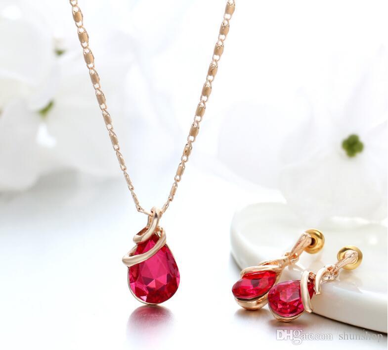 Moda goccia d'acqua di cristallo Set di gioielli le donne Collana pendente geometrico Lady Ciondola gli orecchini Regali di fidanzamento di moda Regalo di compleanno