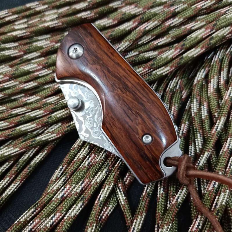 Sample EDC Pocket Knife Damscus Steel Blade Rosewood Handle Mini Small Keychain Folding Knives Liner Lock