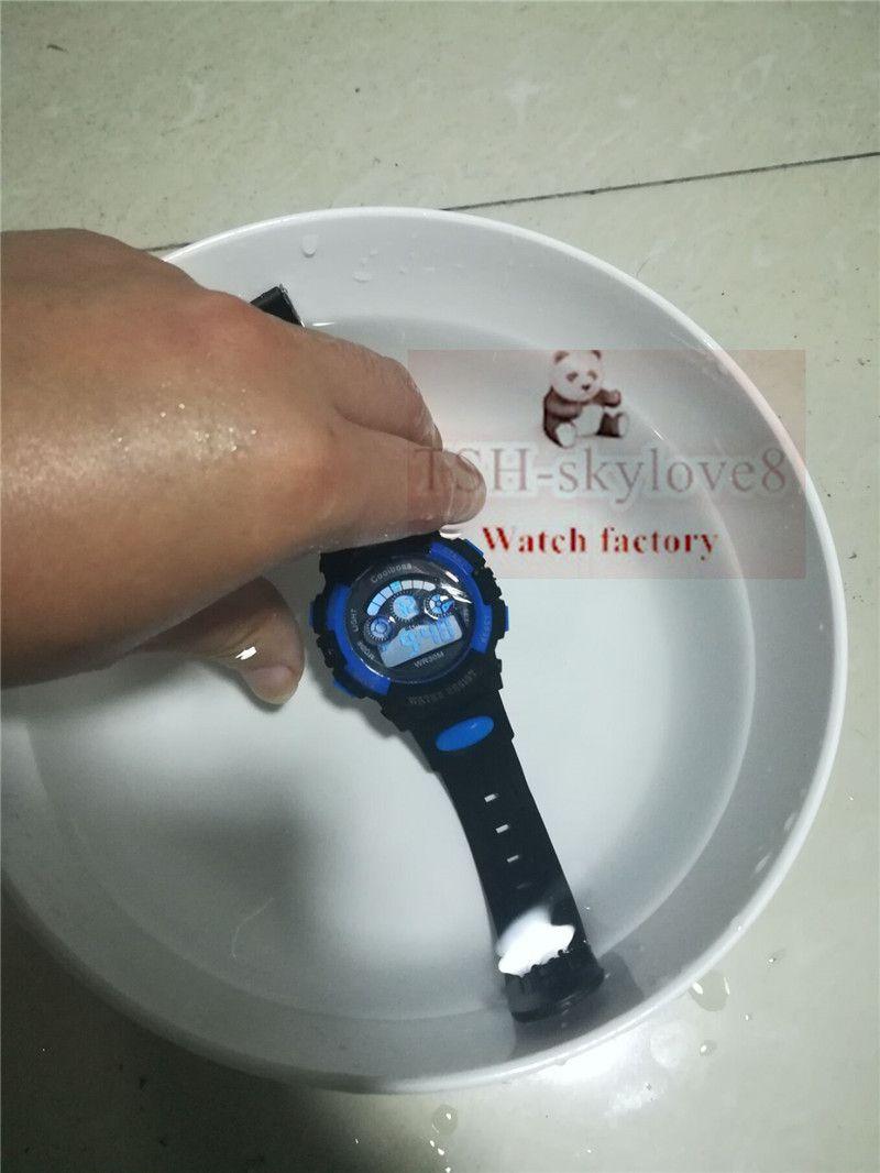0905Colboss İşlevli çocuk elektronik saatler 7 renk Aydınlık çalar saat takvim zaman unisex spor saatler çocuk en iyi hediye