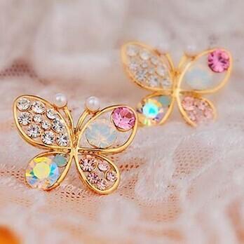 Moda vintage gioielli imitazione cristallo colorato strass color oro farfalla perla orecchini a bottone le donne E117