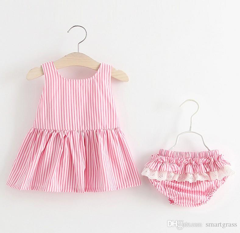 Rayé 2 pièces Ensemble robe coton bébé fille Vêtements Pantalon court Mignon Mini robe d'été Backless Ensembles 18050401
