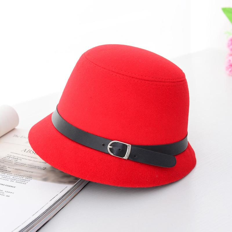 HT1225 Women Solid Wool Felt Cloche Female Bowler Hats With Belts Black Red  Fedoras Vintage Western Bucket Caps Wholesale Fedora Hat Bowler Hat From ... 342604906f67
