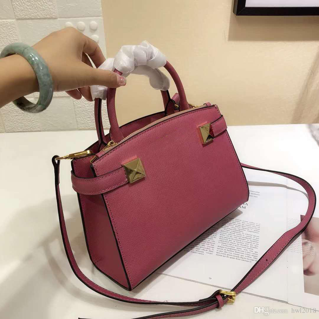 01f0148a6fcf Luxury Fashion High Quality Ladies Solid Color Handbag Retro Grain Leisure  Outdoor Handbag Small Fresh Trend New Listing Ladies Purse Designer Purses  From ...
